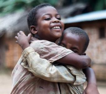 Dossier: L'amitié : un mot passe-partout  toujours présent sur les lèvres mais rarement imprimé sur les cœurs