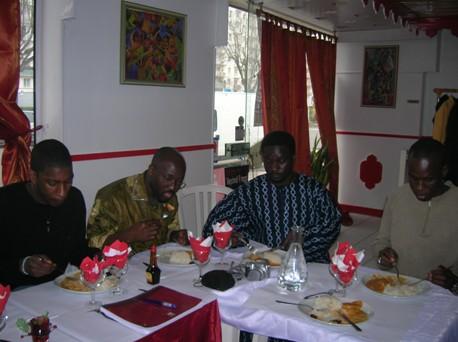 Rencontre des Forumistes Hommes de Soninkara.com du 04 Mars 2007