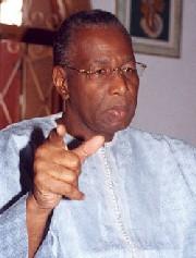 Selon Abdoulaye Bathily, Wade se comporte comme un  chef de bande