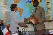 Visite de Brigitte Girardin au Mali : Bamako refuse de cautionner l'expulsion des Maliens de France