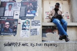 En France depuis plus de 20 ans, un sans-papier malien se fait expulser